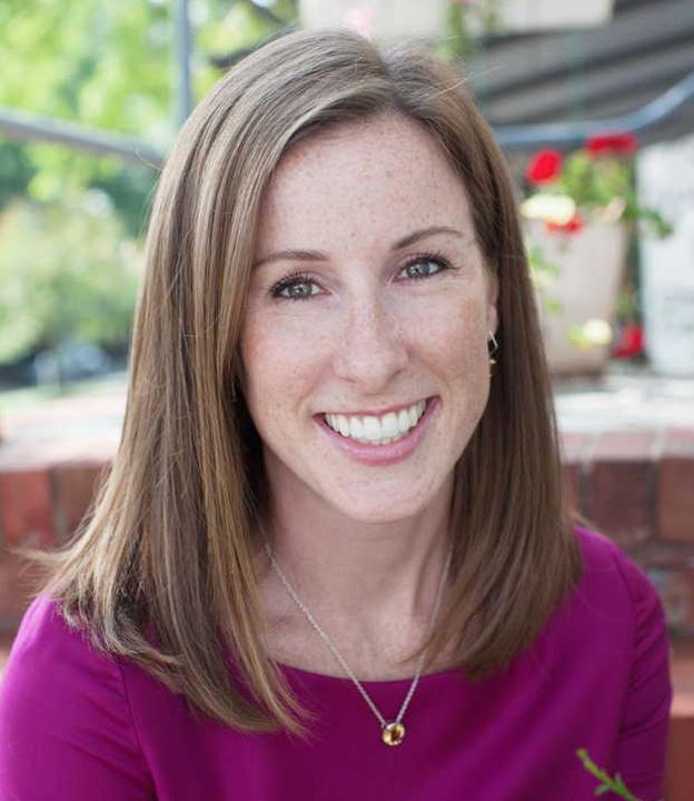 Bethany Dufour headshot