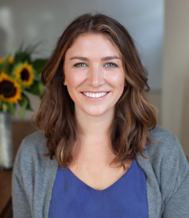 Izzy Martens headshot