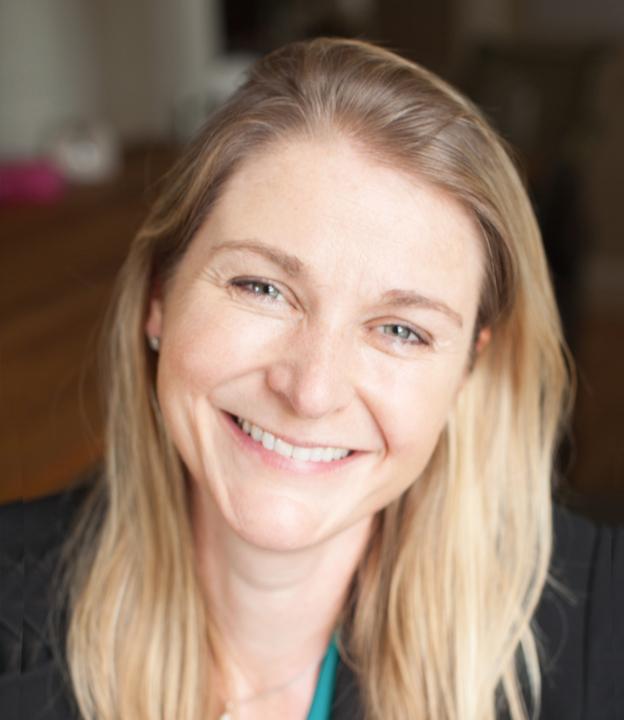 Angelika Sass headshot